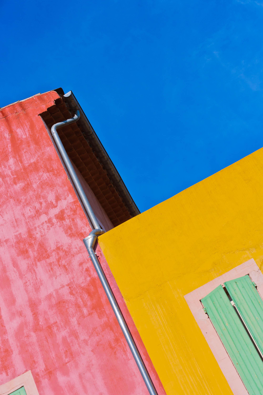 Häuser in Roussillon, Frankreich